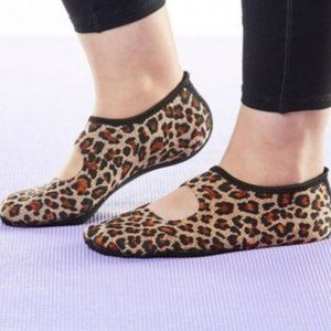 NWOT NuFoot Leopard Mary Jane Slip On Flat XL